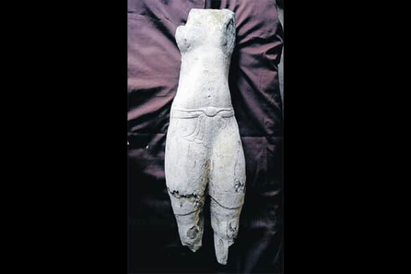Statue of Vishnu discovered at Sithep Historical Park, Bangkok Post 20130330
