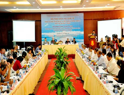 Underwater archaeology symposium in Quang Ngai City. Saigon: Vietnam Net 20141017