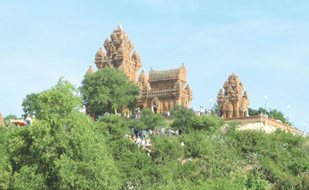 Cham Towers in Ninh Thuan Province. Source: Viet Nam News 20141024