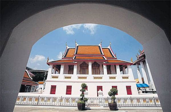 Wat Kalayanamit, Bangkok. Source: Bangkok Post 20150404