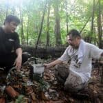 Tomb hunting pair Charles and Raymond Goh. Source: Straits Times 20151111