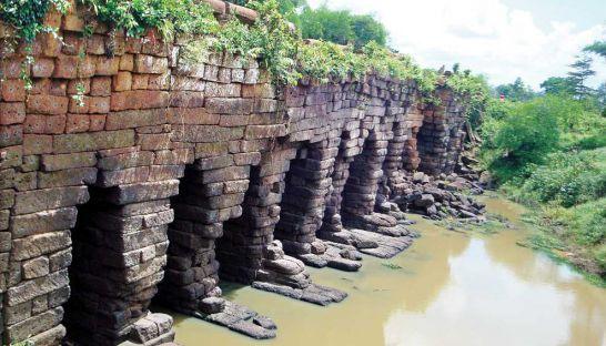 Preserving Angkor's ancient bridges on National Road 6