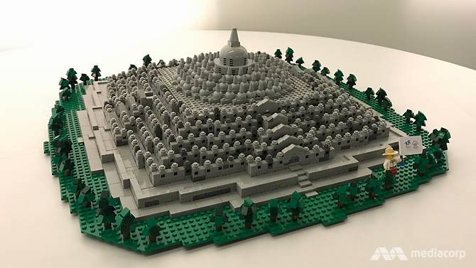 See Angkor Wat and Borobudur in Lego