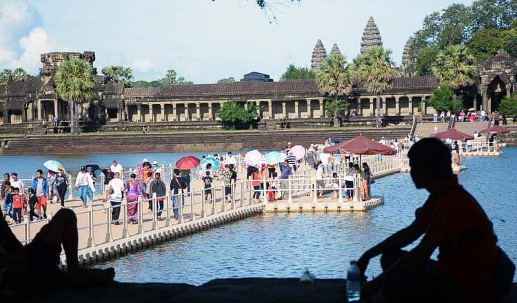 Angkor Wat's floating bridge a hit with tourists