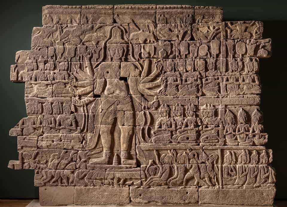 Cambodia lends spectacular sculpted wall from Banteay Chhmar to Cleveland Museum of Art