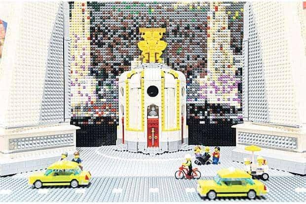 Observe Thai history on public display, Lego-ised
