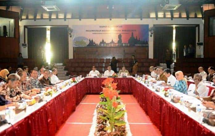 Tourism Ministry Eyes Two Million Tourists to Visit Borobudur This Year