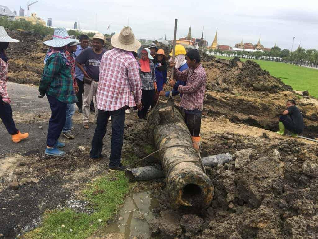Cannon found in Sanam Luang. Source: Matichon 20180825