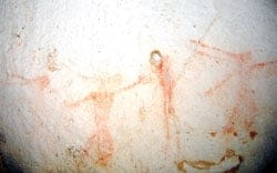 Rock art at Kho My Cave, Viet Nam News 20120911
