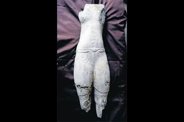 Statue of Vishnu discovered at Sithep Historical Park, Bangkok Post 20130330