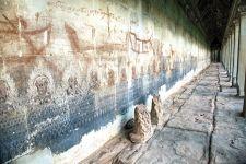 Paintings in Angkor Wat. Source: Phnom Penh Post 21 June 2014