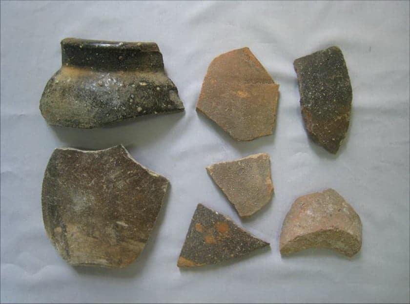 Vietnamese ceramics from Spratlys. Source: Thanh Nien News 20140928