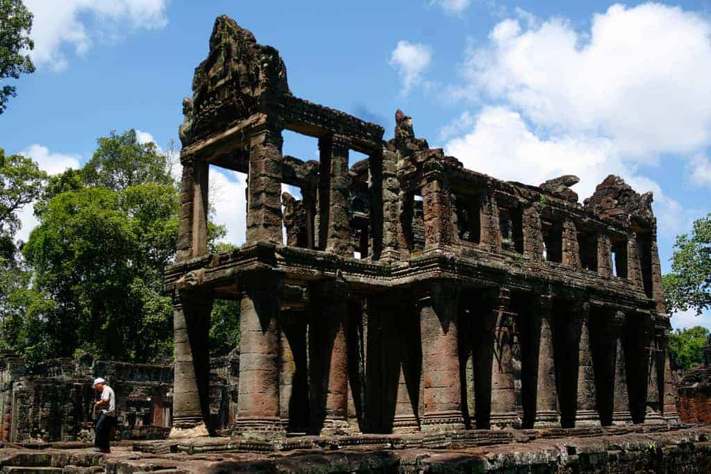 Sisters Deported Over Cambodia Temple Nude Pics   World