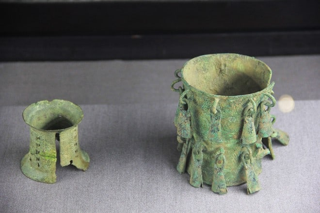 Bronze bracelets from the Dong Son culture. Source: Viet Nam Net 20150510