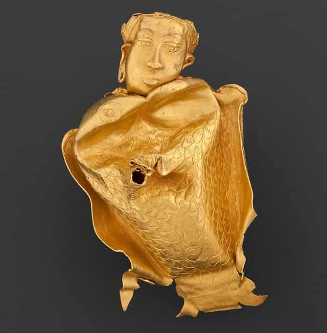 Gold vessel in the form of kinnari. Source: Asia Society 20150911