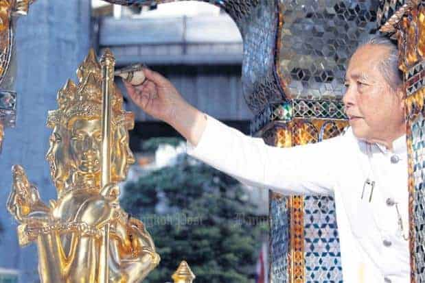 The opening of the Erawan shrine by the chief of Brahmins Source: Bangkok Post 20151012