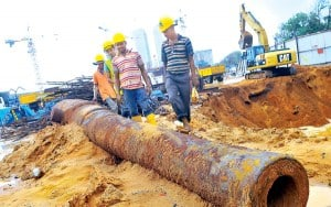 Artillery gun found in Galle. Source: Daily News Sri Lanka 20150928