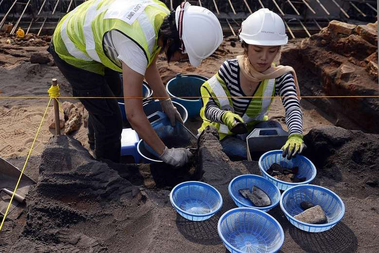 Excavations at Victoria Convert Hall in Singapore. Source: Straits Times 20160510