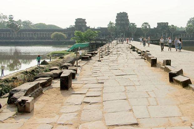 Angkor Wat Causeway. Source: Bangkok Post 20160509