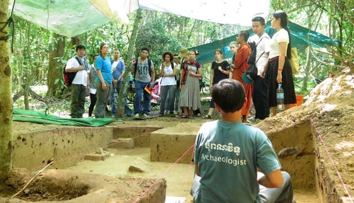 Summer Junior Resident Fellowship Program | Center for Khmer Studies