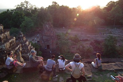 Angkor hilltop sunset rationed – TTR Weekly
