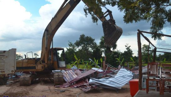 Apsara Authority continues removing homes in Angkor