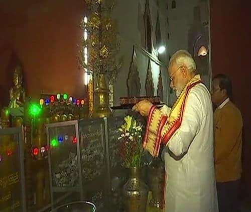 Indian PM visits Ananda Temple in Bagan