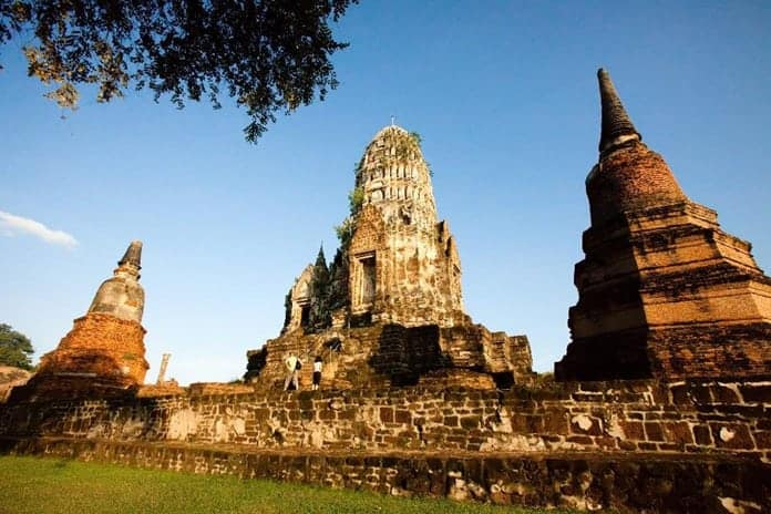Ayutthaya ruins to be promoted as night-time tourist destination