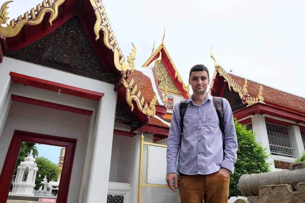 Driven Frenchman Reviews 1,500 Thai Temples – And Counting