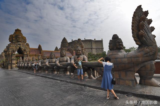 Replica Angkor Wat in Nanning City, Guanxi, China. Source: CNN, 13 Sept 2018