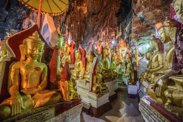 Buddha statues inside the Shwe Umin Pagoda Paya, Myanmar. Source Nick Fox / Shutterstock