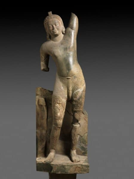 Krishna Lifting Mt. Govardhan from Phnom Da. Source: Cleveland Museum of Art, Medium,com 20190419