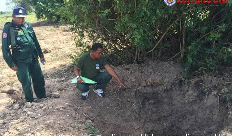 Looted site in Anlong Roth, Banteay Meanchey province. Source: Khmer Times 20190604