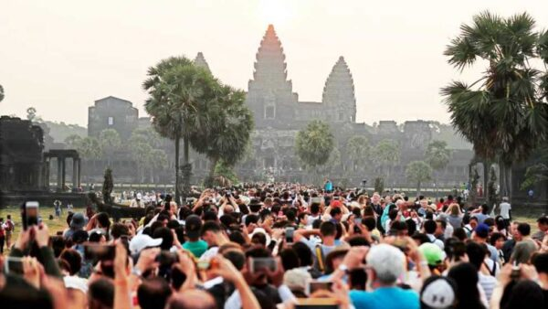 Overtourism at Angkor. Source: Phnom Penh Post 20190909